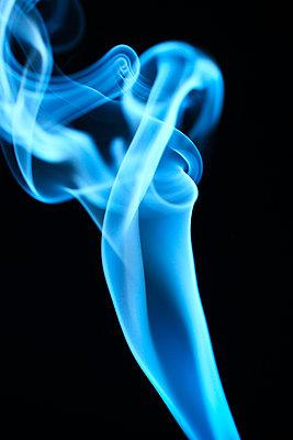 Rauchformen - p179m741601 von Roland Schneider