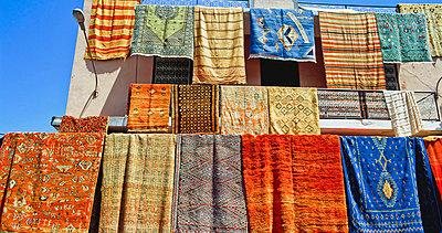 Carpet Display In Souk - p644m728172 by Chris Caldicott