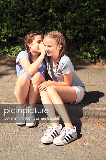 p045m1171160 by Jasmin Sander