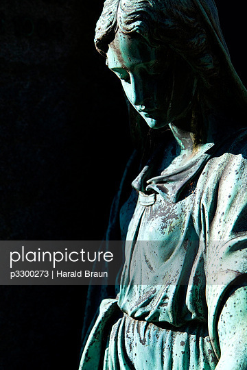 Friedhofsstatue - p3300273 von Harald Braun