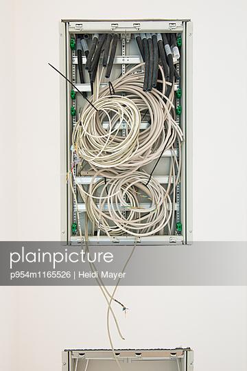 Kabel - p954m1165526 von Heidi Mayer