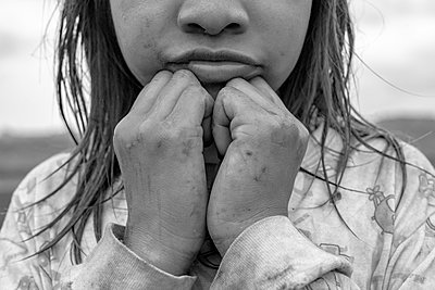Indigenous Guarani Kaiowa girl portrait - p1166m2137671 by Cavan Images