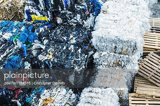 Recycling - p947m1154516 von Cristopher Civitillo
