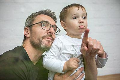 Vater und Sohn - p1156m1585769 von miep
