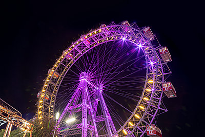 Prater in Vienna, Ferris wheel - p524m2125301 by PM