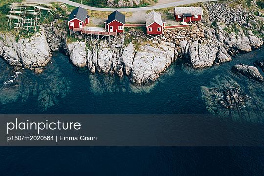 Lofoten - p1507m2020584 by Emma Grann