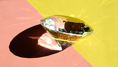 Prism with lighting effects - p1190m2110972 by Sarah Eick