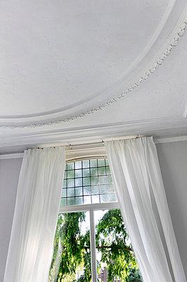 Herrschaftliches Zimmer - p949m658152 von Frauke Schumann