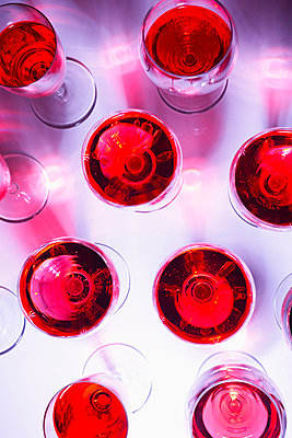 Red wine - p1149m2116625 by Yvonne Röder
