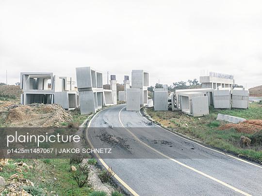 Bauruine bei Portugal - p1425m1487067 von JAKOB SCHNETZ