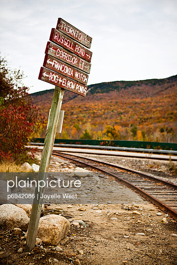 Sign by Railroad Tracks  - p6942086 by Joyelle West