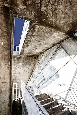 Treppenaufgang - p708m2026102 von Nitrox21