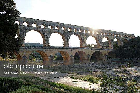 Pont du Gard - p1105m2015222 by Virginie Plauchut