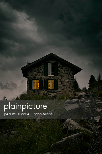 Mountain hut in the Dolomites - p470m2128894 by Ingrid Michel