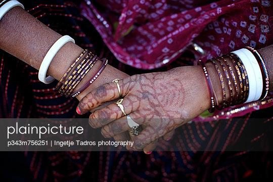 p343m756251 von Ingetje Tadros photography