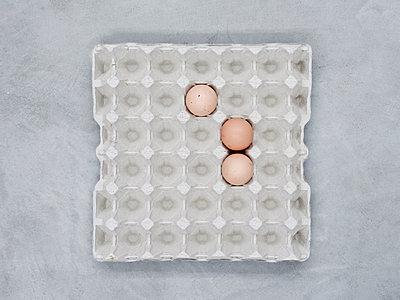 Egg carton - p1312m1137650 by Axel Killian