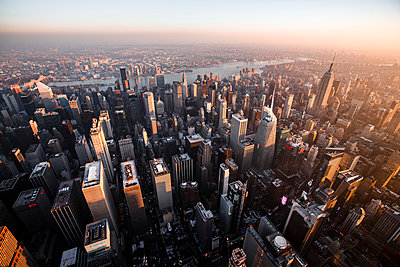 Sunset over Times Square and Midtown Manhattan, New York City - p1166m2163014 by Cavan Images