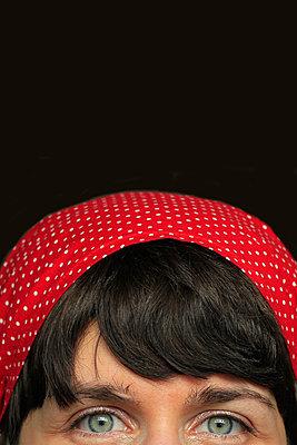 Rotes Tuch     - p450m1133296 von Hanka Steidle