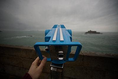 Binoculars, Saint Malo, Brittany, France - p1028m1585877 by Jean Marmeisse
