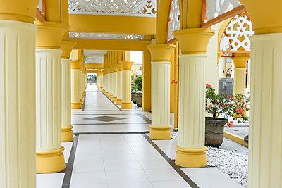 Moschee in Mataram - p1273m2045654 von Melanka Helms