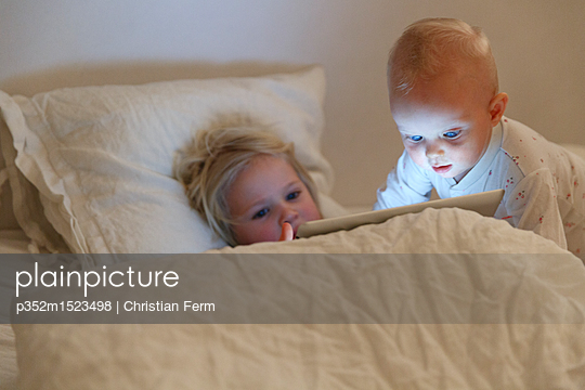 p352m1523498 von Christian Ferm