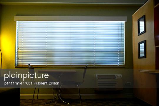 Hotelzimmer - p1411m1477631 von Florent Drillon