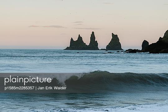 Sea stacks - p1585m2285357 by Jan Erik Waider