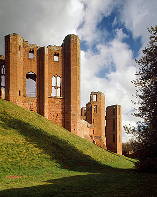 Kenilworth Castle. View of the Saintlowe Tower from the West with Gaunt's Tower and Leicester's Building beyond. - p8551759 by Nigel Corrie
