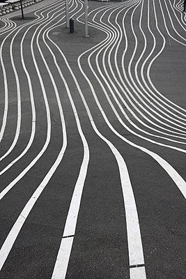 Linien - p865m1005378 von atomara