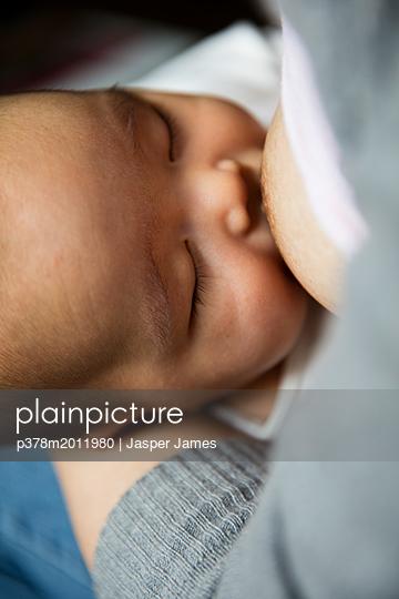 p378m2011980 von Jasper James