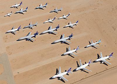Airliner desert storage - p1048m1058616 by Mark Wagner