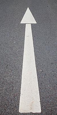 Road marking, Arrow - p300m950989f by Wilfried Wirth