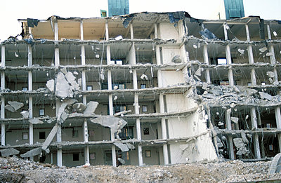 Demolition - p0190230 by Hartmut Gerbsch