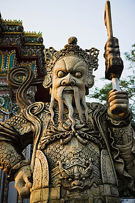Guardian statue at wat pho temple - p9245728f by Image Source