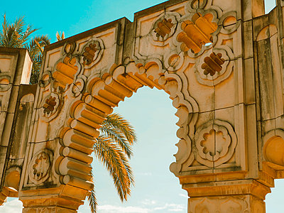 Spain, Andalusia, Sevilla, Archway - p1681m2263302 by Juan Alfonso Solis