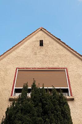 Roller shutter - p470m1122993 by Ingrid Michel
