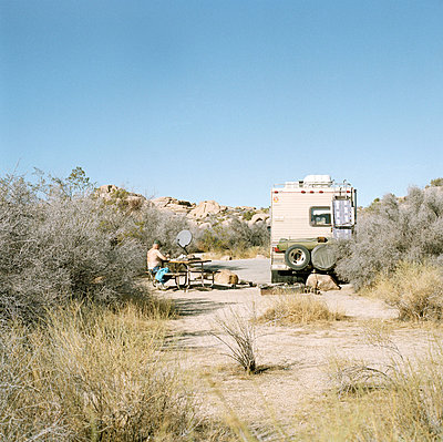 Camper at rest stop with mobile home, Joshua Tree National Park, USA  - p3011461f by fStop