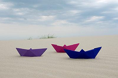Paper boat - p4510618 by Anja Weber-Decker