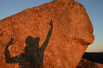 Shadow on rock - p1631m2208668 by Raphaël Lorand