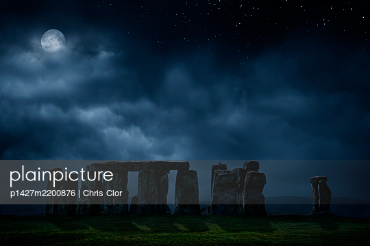 United Kingdom, England, Full moon above Stonehenge - p1427m2200876 by Chris Clor