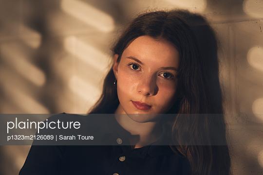 p1323m2126089 by Sarah Toure