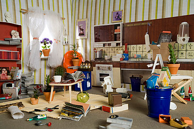 Chaotic home - p3770058 by Holger Geys