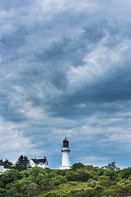Leuchtturm - p954m1171334 von Heidi Mayer