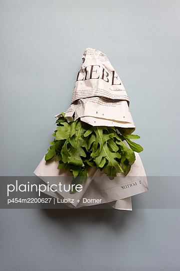 Christmas tree salad - p454m2200627 by Lubitz + Dorner