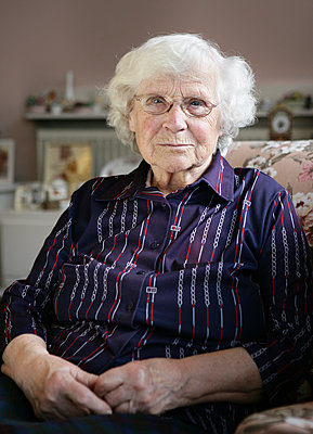 Elderly woman - p1158m966389 by Patricia Niven