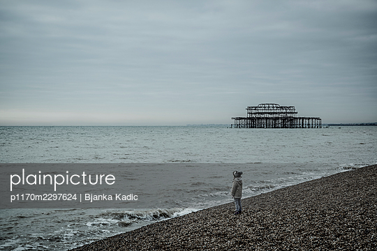 Child on beach - p1170m2297624 by Bjanka Kadic