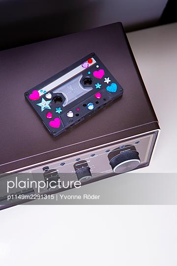 Cassette - p1149m2291315 by Yvonne Röder
