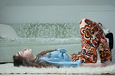 Hippie girl - p427m902528 by R. Mohr