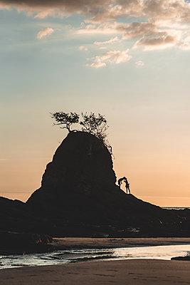 Felsen am Strand - p1326m2063192 von kemai