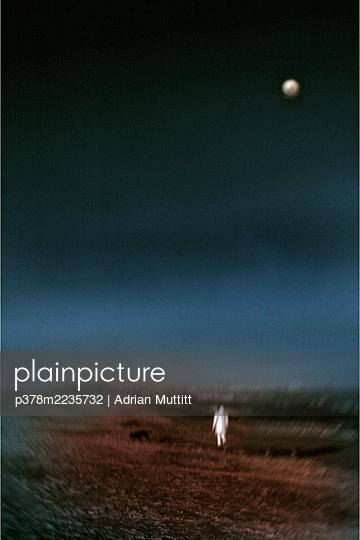 Ghostly figure on beach - p378m2235732 by Adrian Muttitt